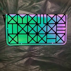 Handbags - Wallet/Clutch